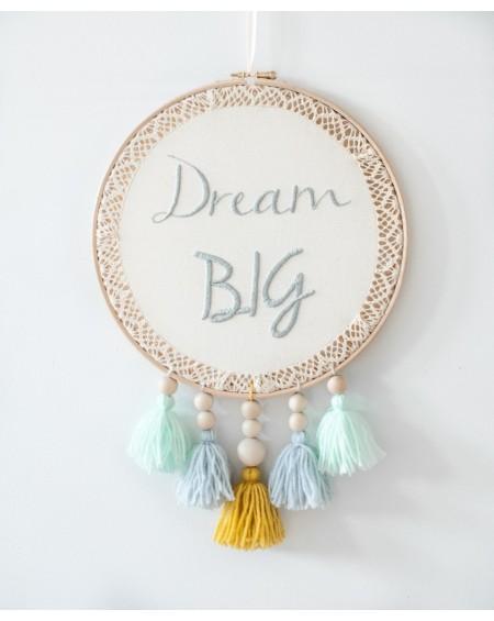 Łapacz snów z ręcznym haftem Dream Big