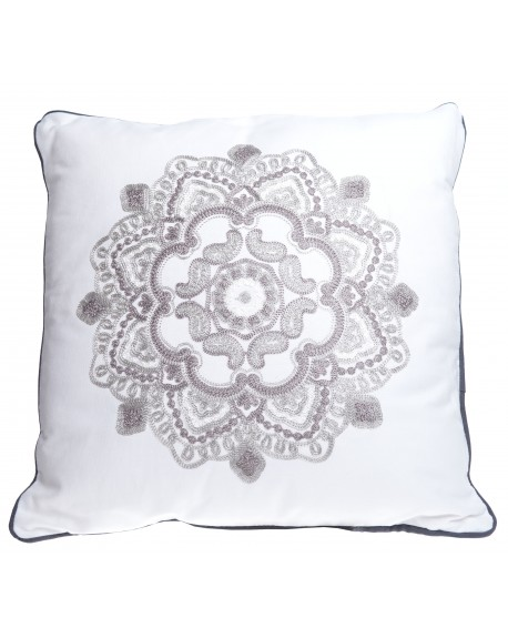 Poduszka biała z haftem