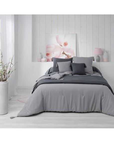 Narzuta na łóżko z chwostami 220x240