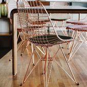 Dzień dobry! Cudowne krzesło Nest Gold z czarną poduszką (jest także z białą) zachwyca i czaruje ❤️ #chair #chairs #goldchair #goldchairs